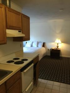 Double Room with Two Double Beds and Kitchen - Non Smoking