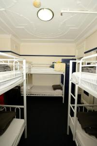 Bed in 6-Bed Dormitory Mixed Room