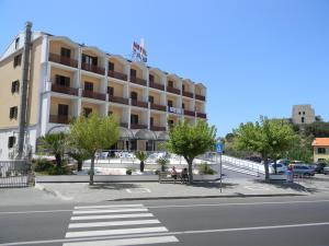 Hotel Talao, Hotels  Scalea - big - 24