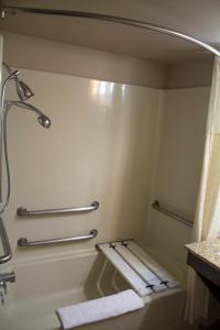 Double Suite with Two Double Beds - Disability Access