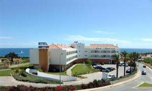Photo of Hotel Maritur & Spa