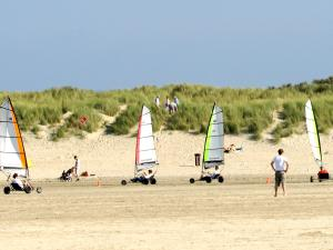 Holiday Home Brouwersdam.9, Holiday homes  Ouddorp - big - 5