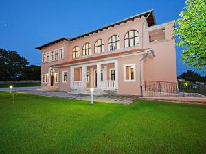 Holiday Home Tinjan 2, Holiday homes  Tinjan - big - 34