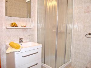 Apartment Aquanur.6, Apartmány  Tribunj - big - 14