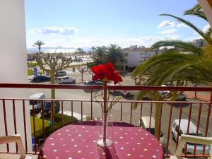 Apartment Bahia II, Apartmány  Empuriabrava - big - 1