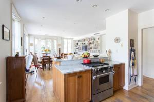 Three-Bedroom Apartment - Prospect Park Overlook