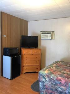 Queen Cabin Duplex - Pet Friendly