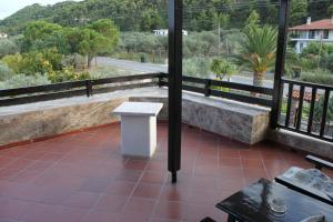 Garden House, Apartments  Vourvourou - big - 25