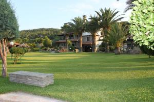 Garden House, Apartments  Vourvourou - big - 37