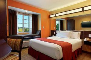 Photo of Microtel Inn & Suites Cheyenne