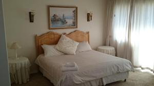 Large Double Room 6