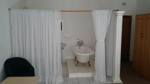 Large Double Room 3
