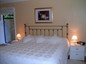 Mountain Bed & Breakfast, Bed and Breakfasts  North Vancouver - big - 5