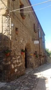 Conte Spencer, Bed and Breakfasts  Casertavecchia - big - 19