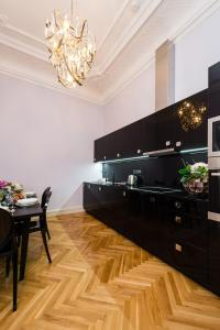 EMPIRENT Grand Central Apartments, Apartmanok  Prága - big - 123