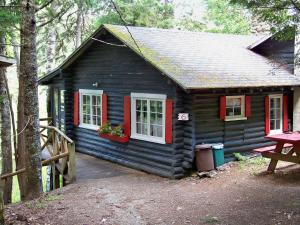 Two-Bedroom Cottage #6