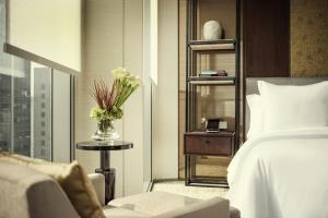 Executive King Suite with City View