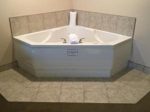 Executive King Room with Whirlpool