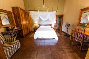 Kumbali Country Lodge, Bed and breakfasts  Lilongwe - big - 4
