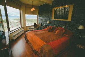 Superior Double or Twin Room with Canal Beagle View