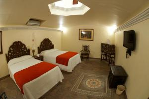 Junior Suite (Twin Beds)