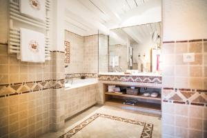 Hotel Byblos - 8 of 63