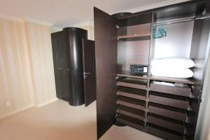 Premium One-Bedroom Suite with Bay View 814