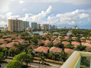 3 Bedroom Bay View Apartment 1116