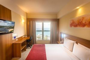 King Room with Sea View - Non-Smoking