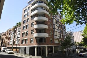 Pyrmont Self-Contained Modern Two-Bedroom Apartment (703 ALL)
