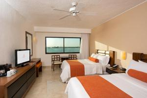 Deluxe Room with Lagoon View