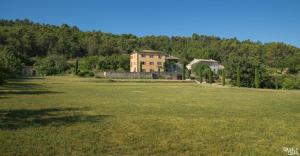 B&B La Bastide Desmagnans, Bed & Breakfast  Lacoste - big - 27