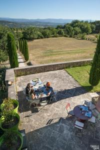 B&B La Bastide Desmagnans, Bed & Breakfast  Lacoste - big - 9