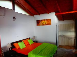 Karali Apartments, Apartments  Lagadin - big - 29