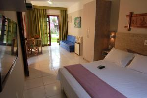 Standard Double or Twin Room (2 Adults)