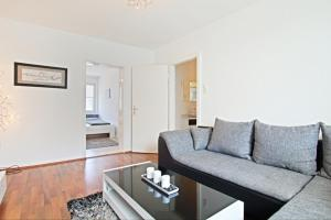 Private Apartment Pfarrstrasse (4593)