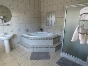 Executive Room with Bath and Shower