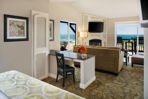 Junior Suite with Ocean Front View
