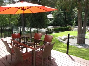 Riverfront Bed and Breakfast, Bed and breakfasts  North Vancouver - big - 19