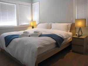 Riverfront Bed and Breakfast, Bed and breakfasts  North Vancouver - big - 12