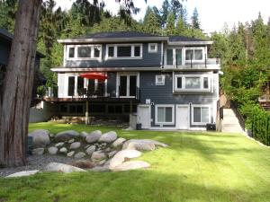 Riverfront Bed and Breakfast, Bed and breakfasts  North Vancouver - big - 22