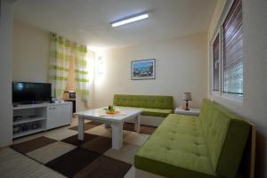 Karali Apartments, Apartments  Lagadin - big - 13
