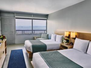 Bay View Room with Two Double Beds