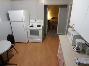 Deluxe Double Room with Kitchenette - Non-Smoking