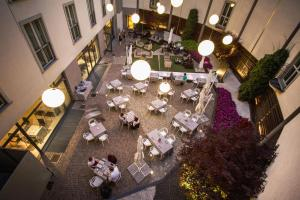 Winter Garden Hotel Bergamo Airport, Hotely  Grassobbio - big - 36