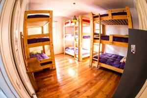 Shared bedroom for 9 people