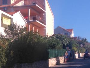 Rooms Tatjana: pension in Supetar - Pensionhotel - Guesthouses