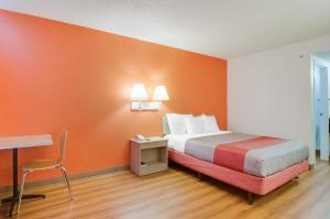 Motel 6 Tacoma South, Hotels  Tacoma - big - 5