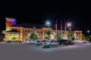Fairfield Inn and Suites by Marriott Elk Grove, Hotels  Elk Grove - big - 20