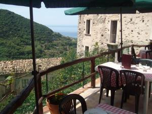 A Taverna Intru U Vicu, Bed and Breakfasts  Belmonte Calabro - big - 64
